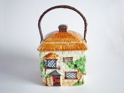 Early Beswick Cottage Ware Biscuit Jar c1930